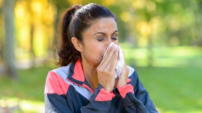 """""""Nieleczony alergiczny nieżyt nosa zwiększa ryzyko ciężkiego przebiegu COVID-19"""""""