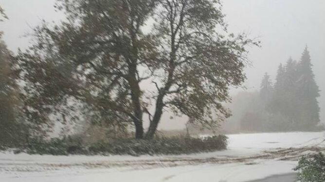 W Bułgarii spadł śnieg. <br />Spowodował wiele utrudnień