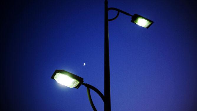 Odzyskamy Nocną Ciemność Lampy Nie Muszą Zanieczyszczać